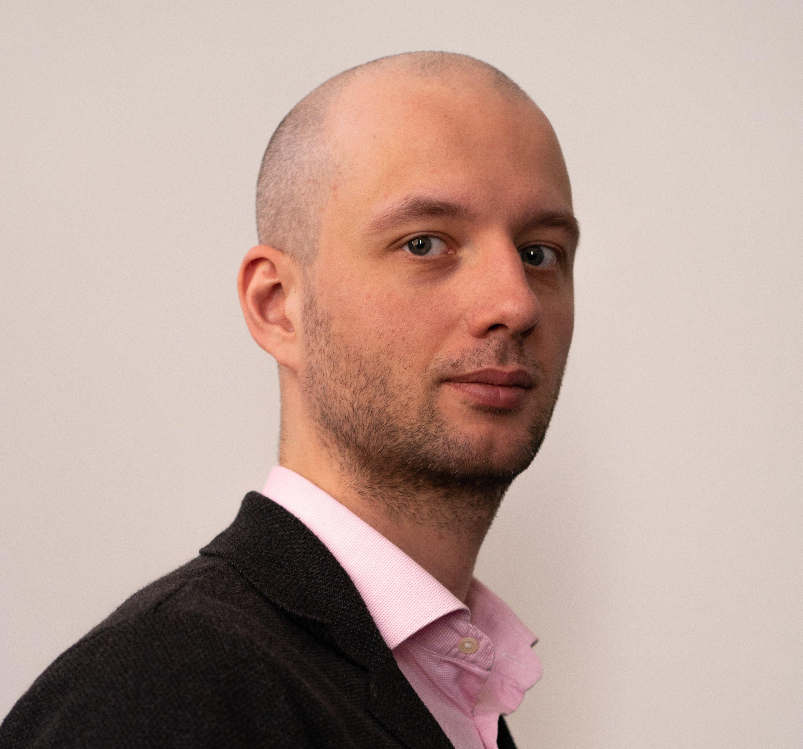 Александр Резван
