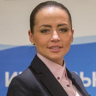 Яна Крухмалева
